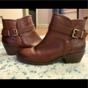 Vince Camuto Brown Leather Booties, Like New, Sz 9